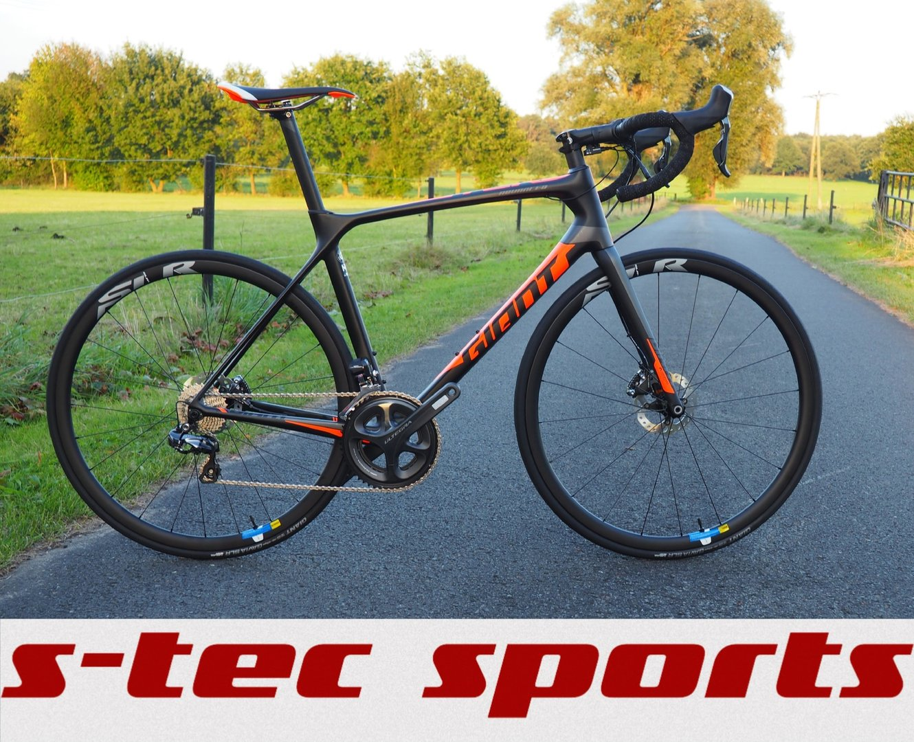 c1004fa0a8d Giant TCR Advanced Pro Disc 2017 - S-TEC sports